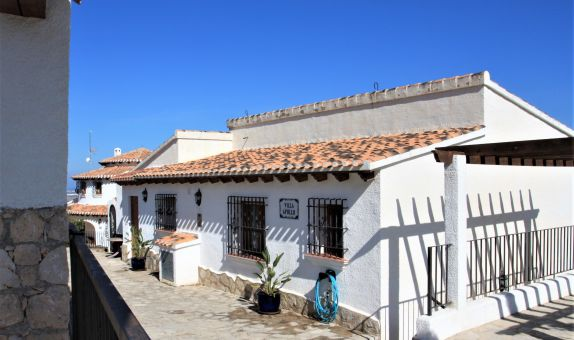 For sale: 4 bedroom house / villa in Monte Pego