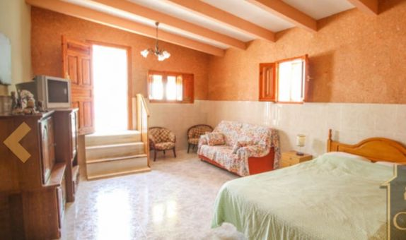 For long-term let: 3 bedroom house / villa in Huércal-Overa
