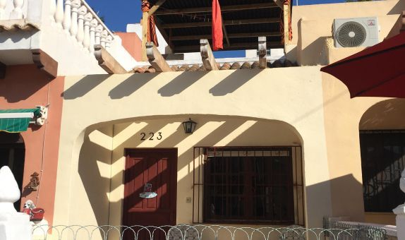For short-term let: 1 bedroom bungalow in Orihuela Costa