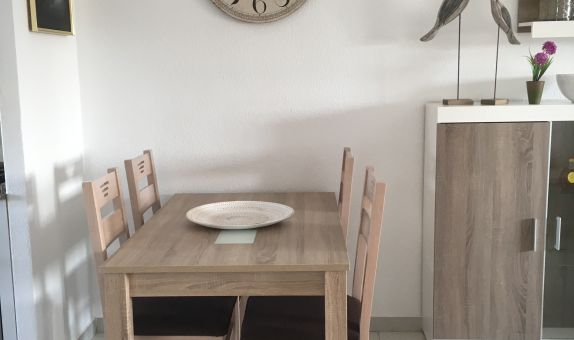For long-term let: 2 bedroom apartment / flat in Santiago de la Ribera
