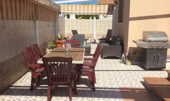 For long-term let: 3 bedroom house / villa in La Florida
