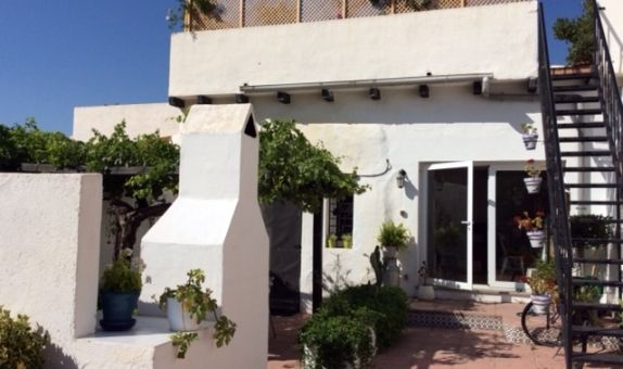 For sale: 3 bedroom house / villa in Enix