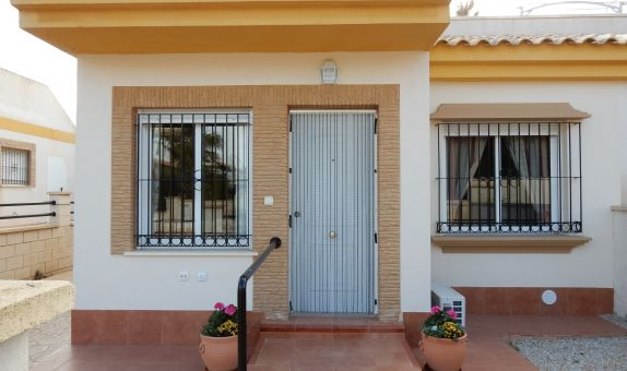 For sale: 2 bedroom house / villa in Sucina