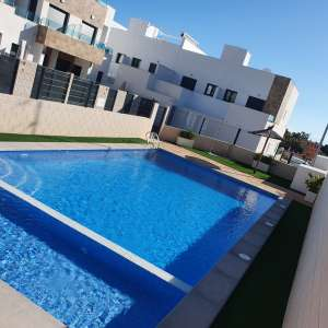 3 bedroom house / villa for long-term let in Villamartin, Costa Blanca