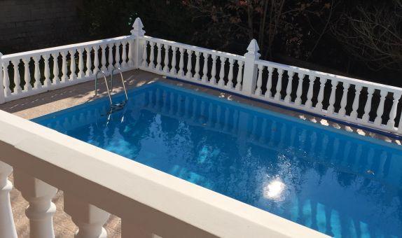 For long-term let: 4 bedroom house / villa in Gandia