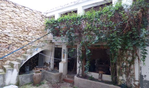 For sale: 5 bedroom finca in Onil