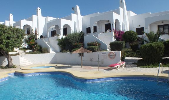 For long-term let: 2 bedroom house / villa in Mojacar, Costa de Almeria