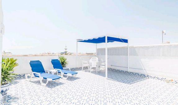 For long-term let: 3 bedroom apartment / flat in Playa Flamenca