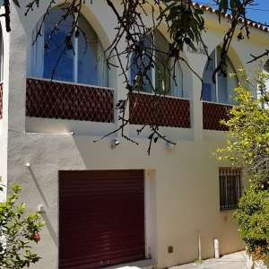 For long-term let: 2 bedroom house / villa