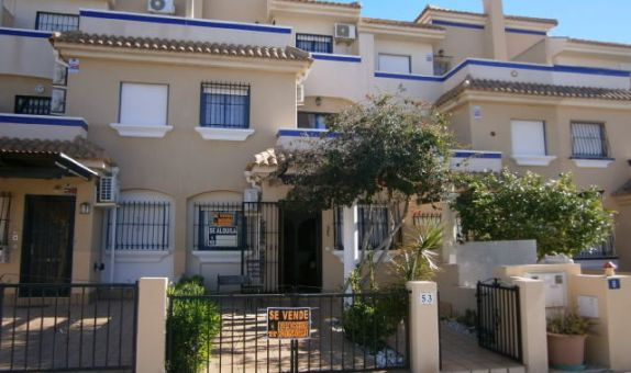 For sale: 3 bedroom house / villa in La Zenia