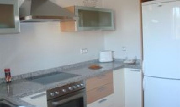 For long-term let: 3 bedroom apartment / flat in Balsicas
