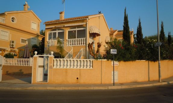 For sale: 4 bedroom house / villa in Los Altos, Costa Blanca